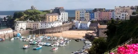 Tenby-Harbour-And-Beach